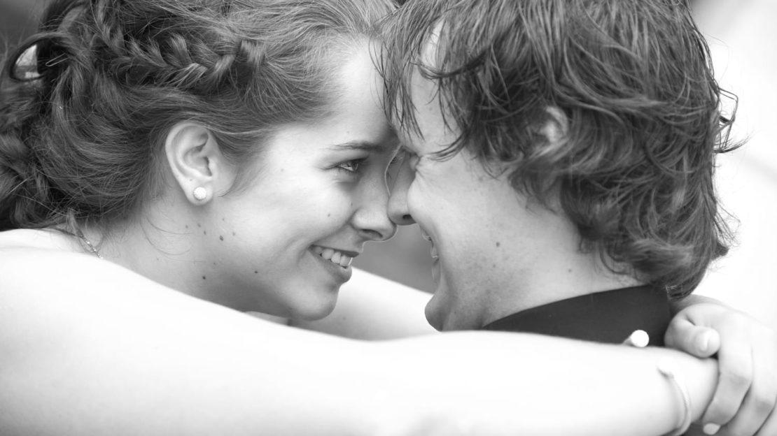 http://fotografiemarjolijn.nl/bruidsfotografie-trouwreportage/