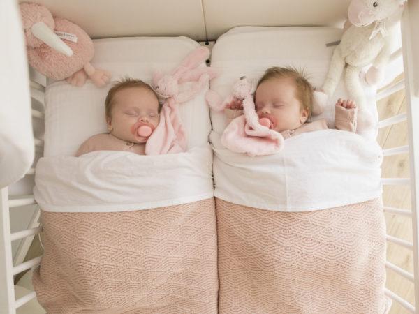 Lifestyle newbornshoot in Nieuwegein